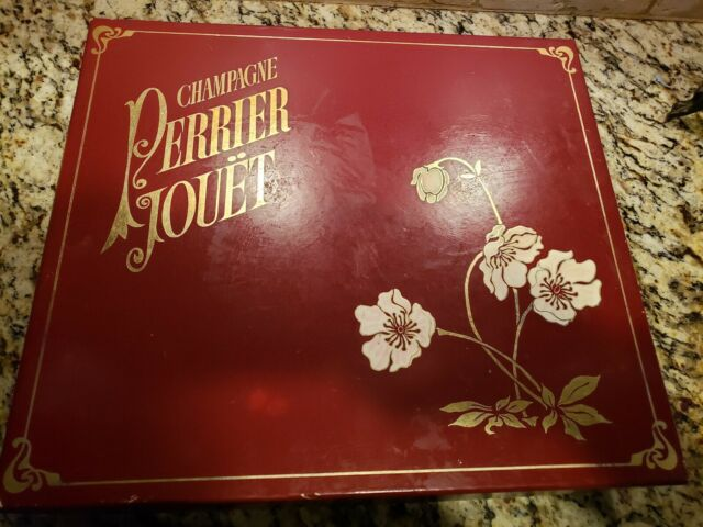 1988 Pierre Jouet handpainted Champagne Giftbox W pair of Flutes