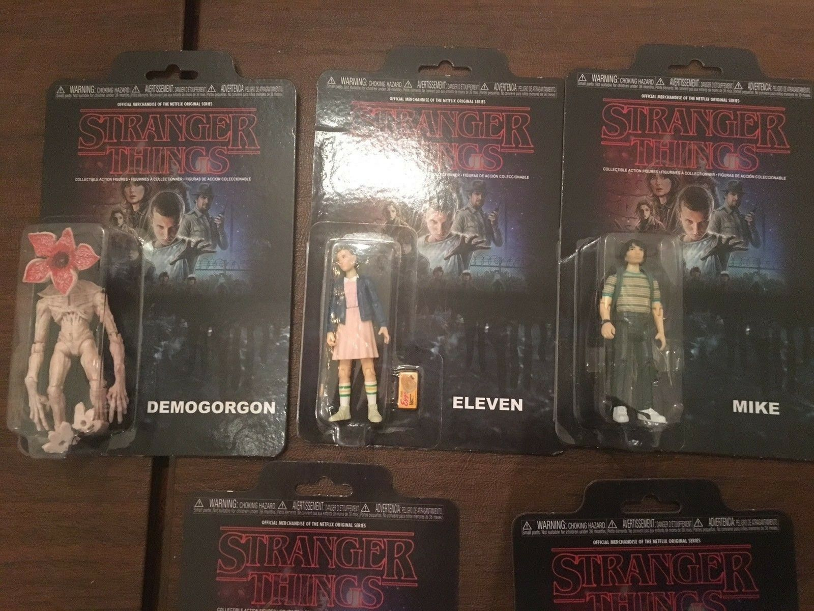 2017 STRANGER THINGS LOT OF 5 Figures ELEVEN MORE 3.75  Action Figure Netflix