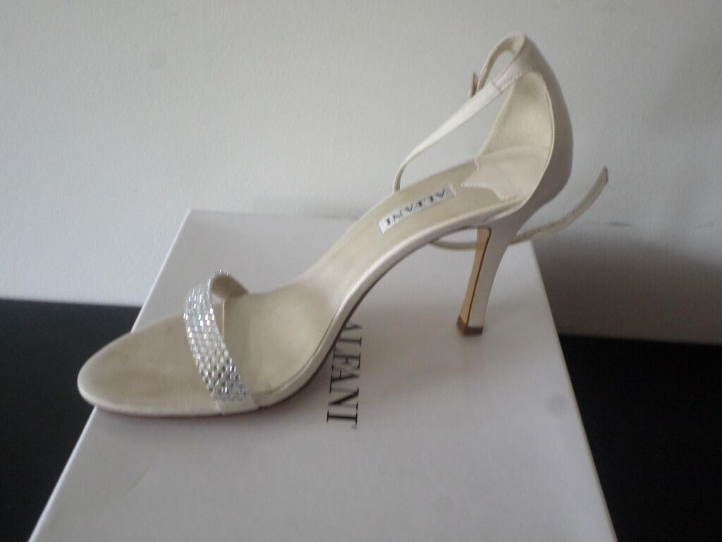ALFANI - Ashtonchp Champagne Rhinestone Dress Sandal   chaussures - femmes