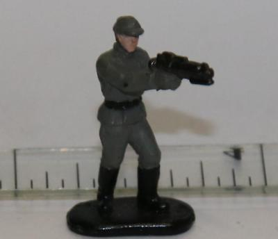STAR WARS MICRO MACHINES FIGURE IMPERIAL OFFICER #03 BLACK