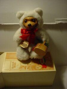 Robert Raikes Signed Alvin Sixth Christmas Edition 1993 White Fur