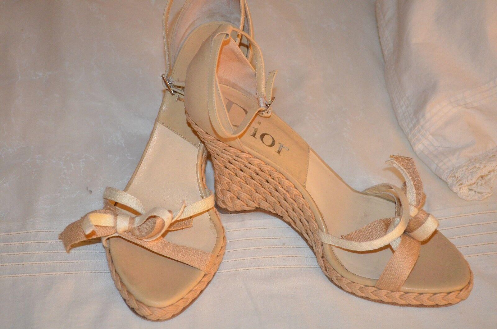 Dior Beige Corbata De Cuero Puntera Abierta Cuña Sandalias tamaño tamaño tamaño nos 8 euro 38 Hecho en Italia  60% de descuento