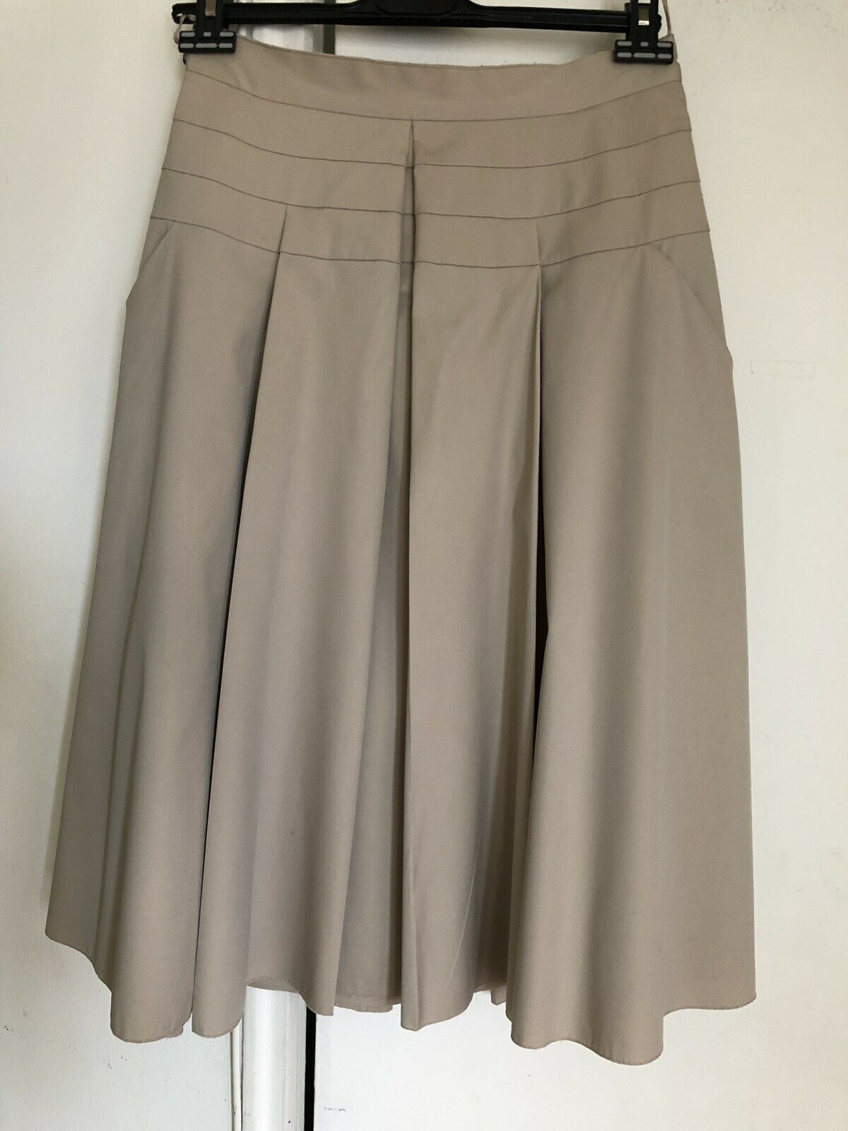 New Prada Ladies Pleated Skirt With Tag,Authentic Size 44 Beige.Made In .