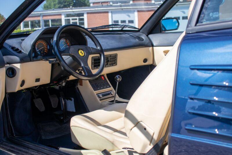 Ferrari Mondial t - 11