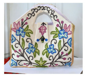 Cotton Ari Chain Stitch Embroidery Hand Made Floral Motif Hand Bag from Kashmir