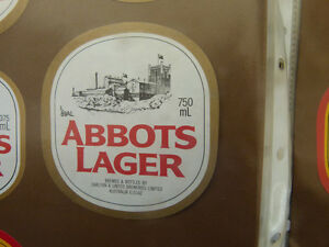 VINTAGE-AUSTRALIAN-BEER-LABEL-CARLTON-amp-UNITED-ABBOTS-LAGER-750ML-89AL