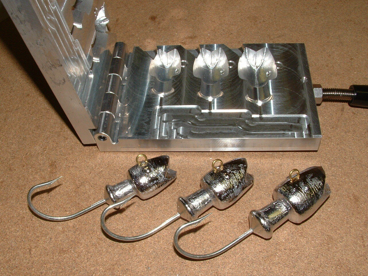Saltwater Rubylips Jig Mold 6,8,10oz CNC Aluminum Hotlips