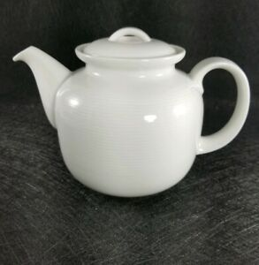 Thomas-Rosenthal-White-Teapot-Made-In-Germany