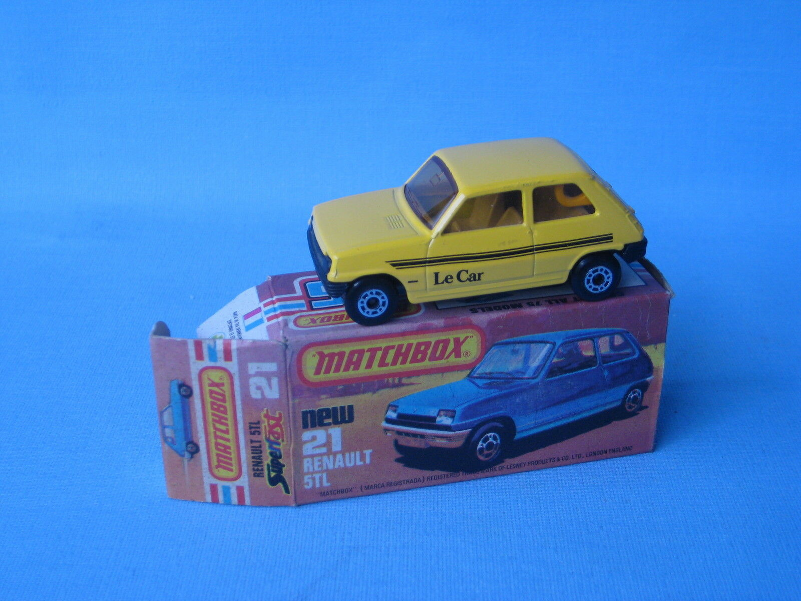 Lesney Matchbox Superfast 21 Renault 5 Yellow Body AMBER Window Boxed