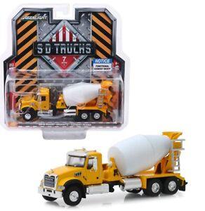 SD Trucks Maßstab 1:64 NEU!° Greenlight 45070-B Mack Granite gelb