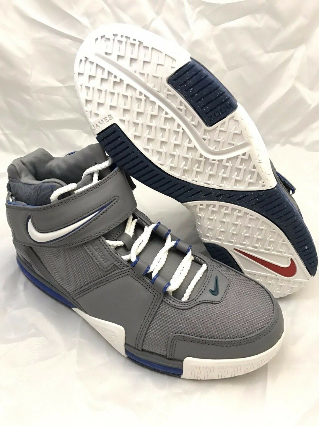 NEW DS Nike Zoom LeBron II Price reduction Cool Grey Royal 2018 Comfortable The latest discount shoes for men and women