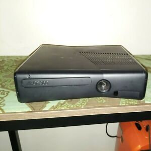 Microsoft Xbox 360 S 4GB Console - Black - Selling as Untested