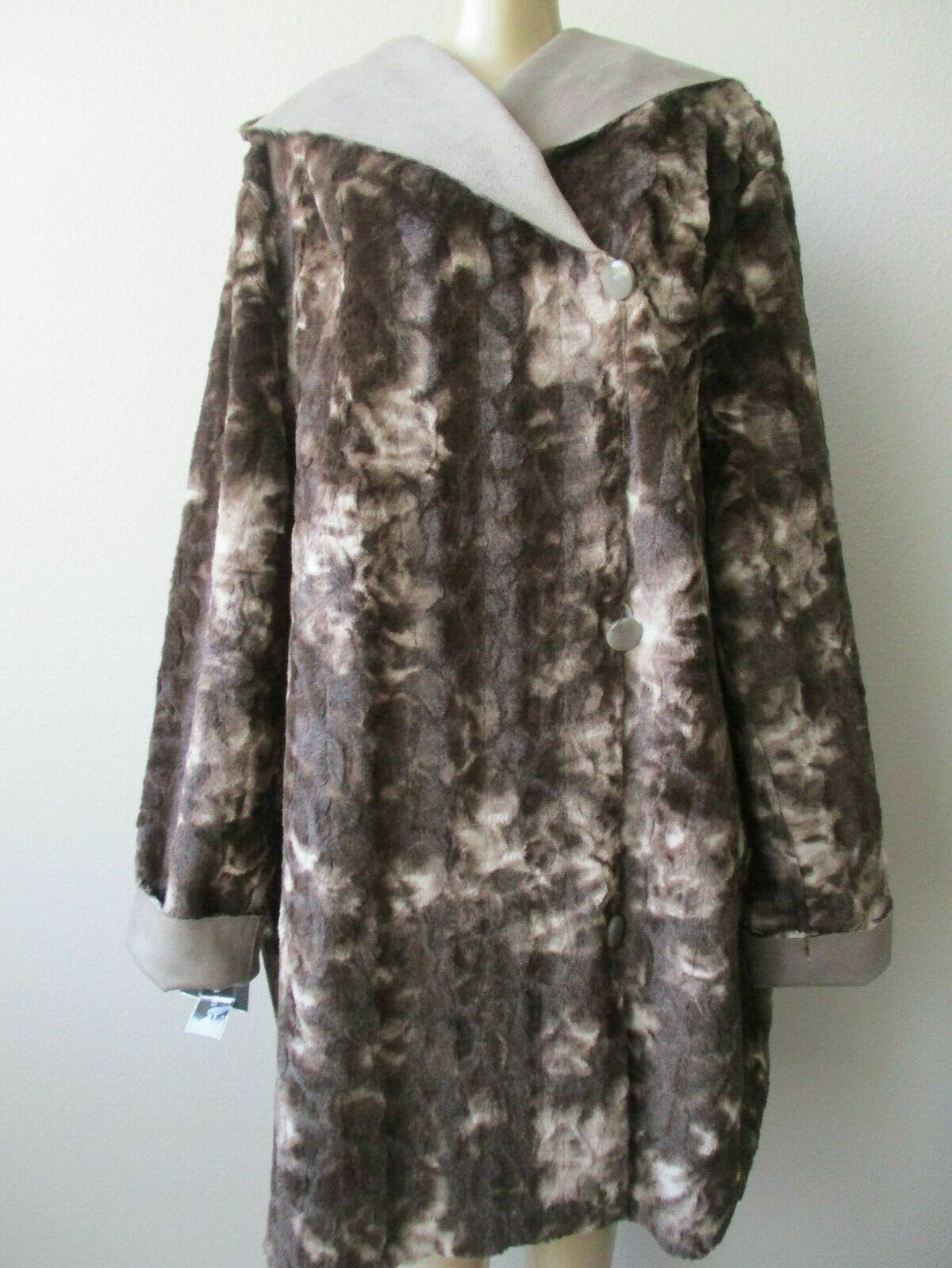 ADRIENNE LANDAU BROWN BEIGE REVERSIBLE FAUX FUR LONG SLEEVE COAT SIZE L - NWT .