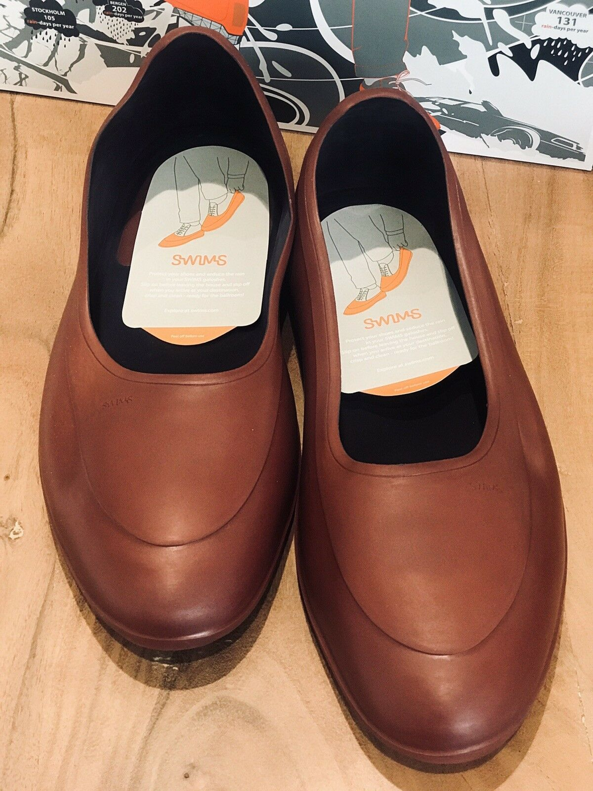 SWIMS GALOSHES XXL NWT BURGUNDY WITH CARRYING BAG BRAND NEW IN BOX SIZE 12-13.5