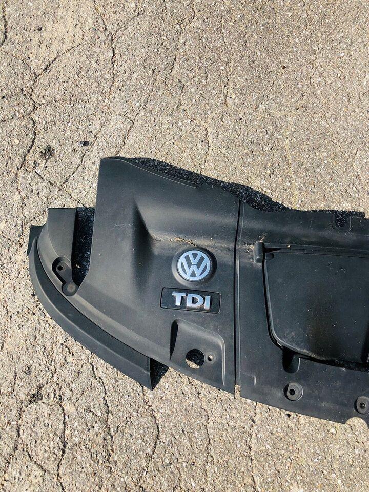 Motordele, Afdækning over motor, VW T5