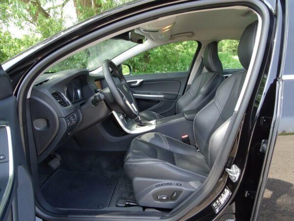 Volvo S60 2,0 D4 190 Momentum aut. - billede 4