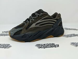 c9266835eb9d9 Adidas Yeezy Boost 700 V2 Geode Brown Kanye West Authentic Limited ...