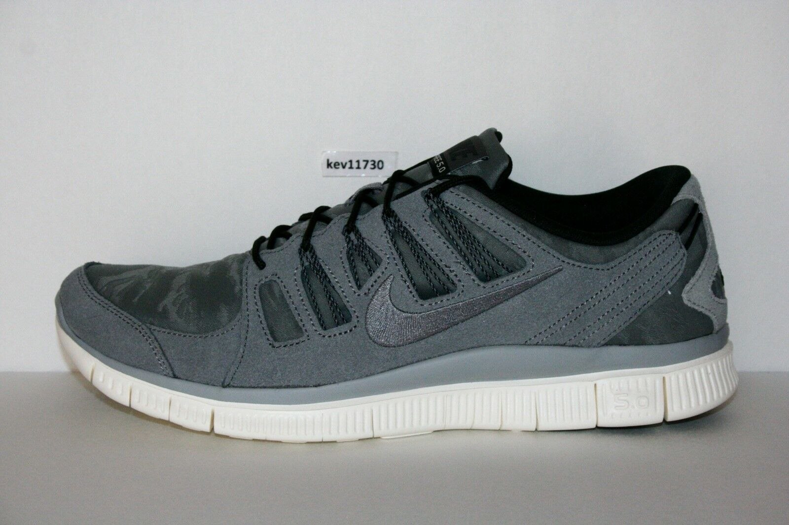 AUTHENTIC Nike Free Trainer 5.0 + EXT 580530 002 White Grey Running Men sz