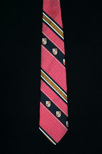 VINTAGE-1980-039-S-RED-BLACK-AND-GOLD-WIDE-CLASSIC-CREST-TIE
