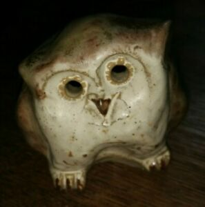"Art Pottery Glorious Vintage ~studio Pottery Owl Ornament ~makers Stamp Pm/mp/wd/dw ~ 3"" Tall"