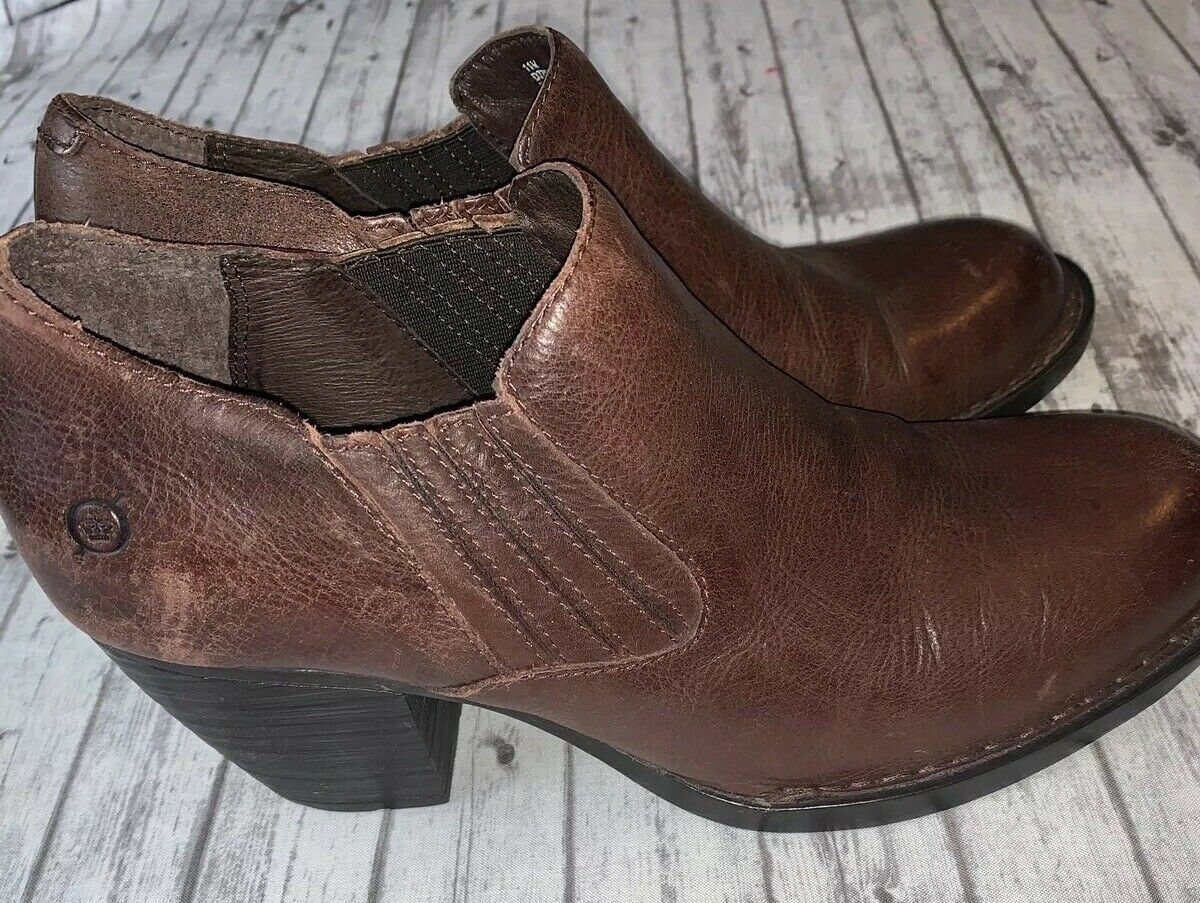 BORN OLIVA BOOTS BOOTIES BROWN SIZE 11 D77903