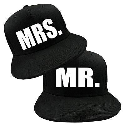 Snapback Cap mit Mr Mrs Motiv Partner Look 2 Stück Hochzeitsgeschenk Varianten