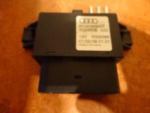 Audi-A4-8K-A5-8T-8F-Q5-8R-Steuergeraet-fuer-Kraftstoffpumpe-8K0906093D