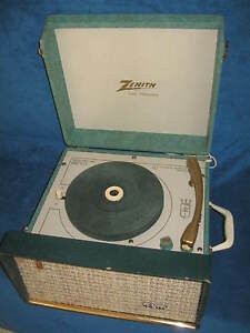 Vtg ZENITH Dual Speakers Portable RECORD PLAYER CHANGER, AP-7F...Suitcase Style