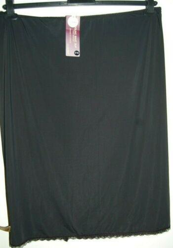 M/&S Cool Comfort Cling Resistant Waist Slip Black UK 28 EUR 56 Length 26 BNWT
