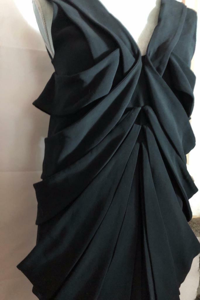 FENDI collection corps avec laine soie avec soie doubleure cravaterd robe noire S 38