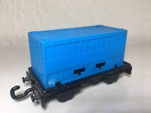 Matchbox-Eisenbahn-Railway-Zug-Nr-25-flat-car-mit-Container-Anhaenger-in-BLAU
