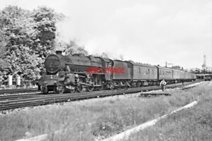 PHOTO-LMS-LOCO-NO-45263-LEAVING-SOUTHAMPTON-20-MAY-1966