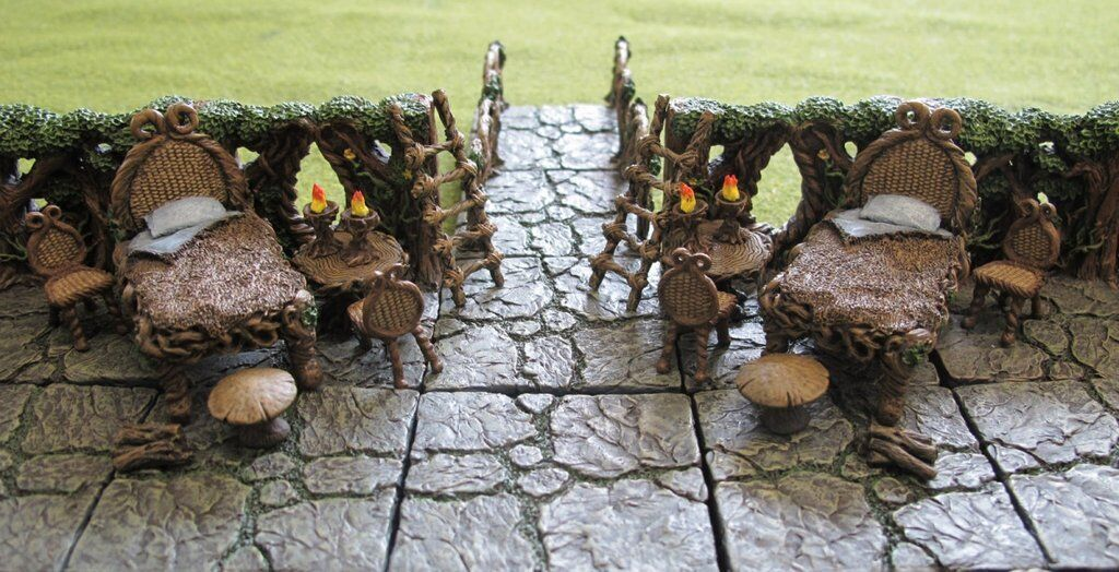 NEW in BOX Dwarven Forge Painted Resin Woodlands Accessory Set MM-042