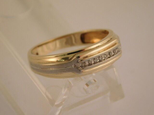 DIAMOND 10K YELLOW WHITE gold WEDDING RING SIZE 10.5 GIFT BOX
