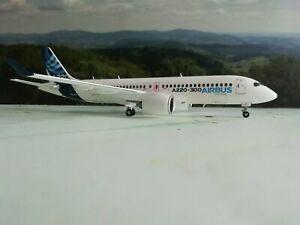 Herpa-Wings-1-200-559515-Airbus-Airbus-A220-300-Metallmodell-034-very-RARE
