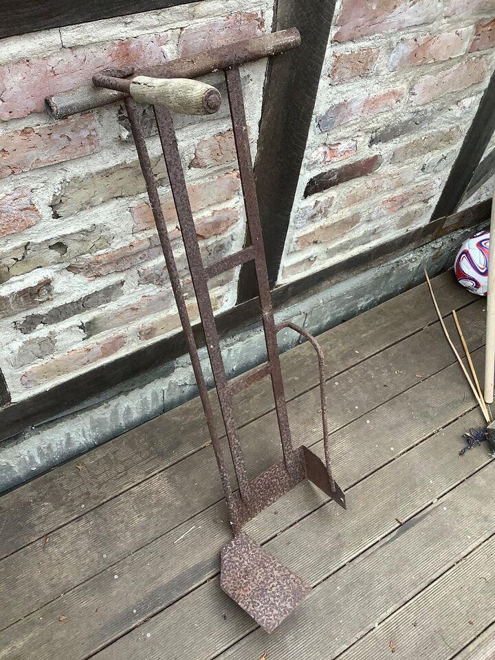 Tørveoptagningsværktøj