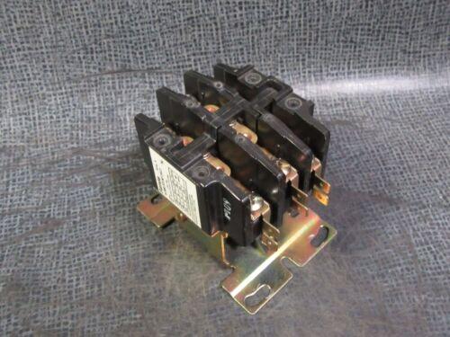 42BE35AF262 FURNAS CONTACTOR 30 AMP 600 VAC 3 PHASE 110-120V COIL MODEL