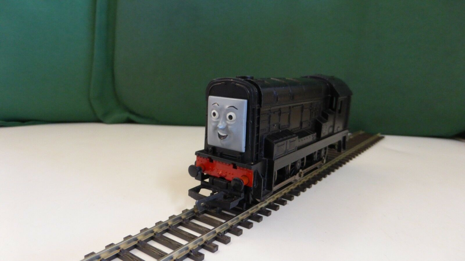 Hornby  Devious Diesel BRe nuovo DCC Decoder  Fitted   correres on dc as well