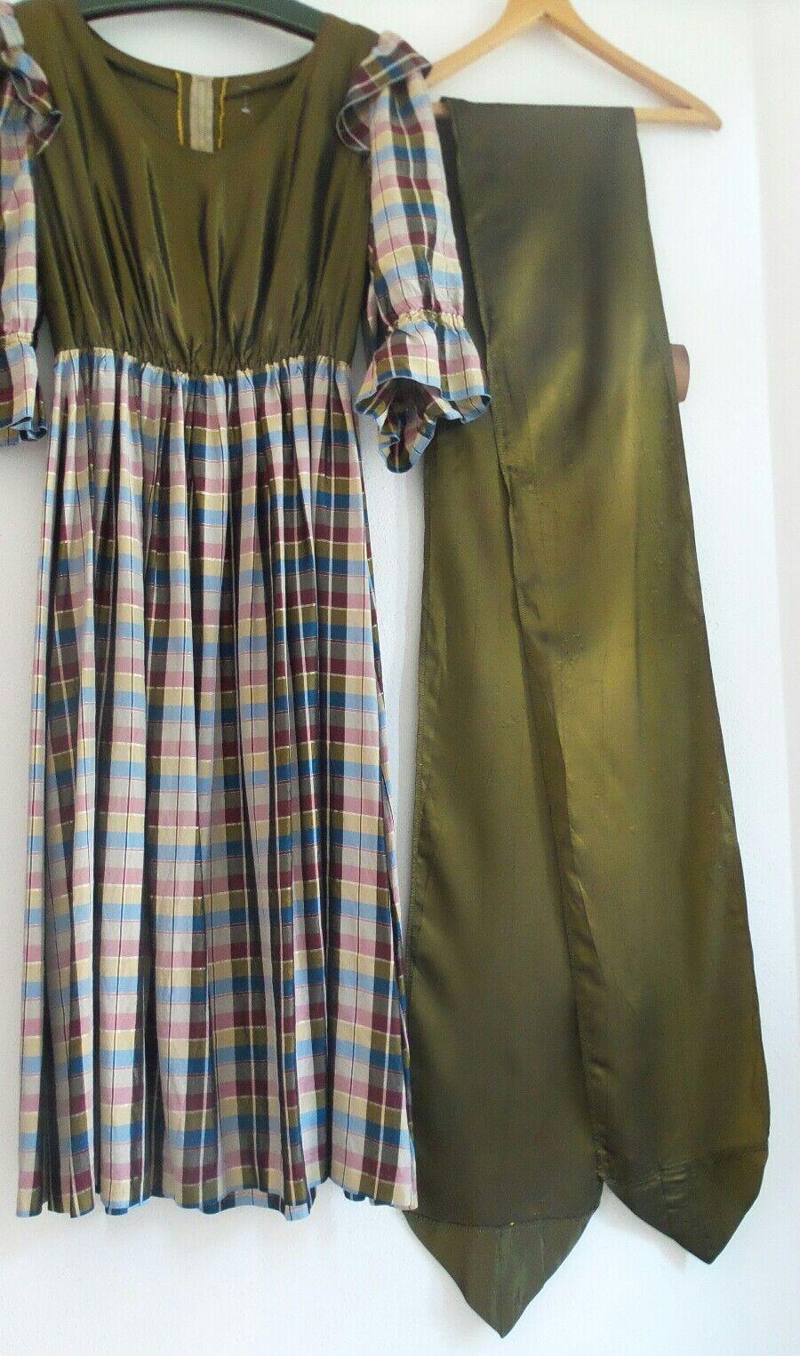 Landhaus Kleid Dirndl Trachten Kleid sehr SCHÖN - WEIBLICH und LANG