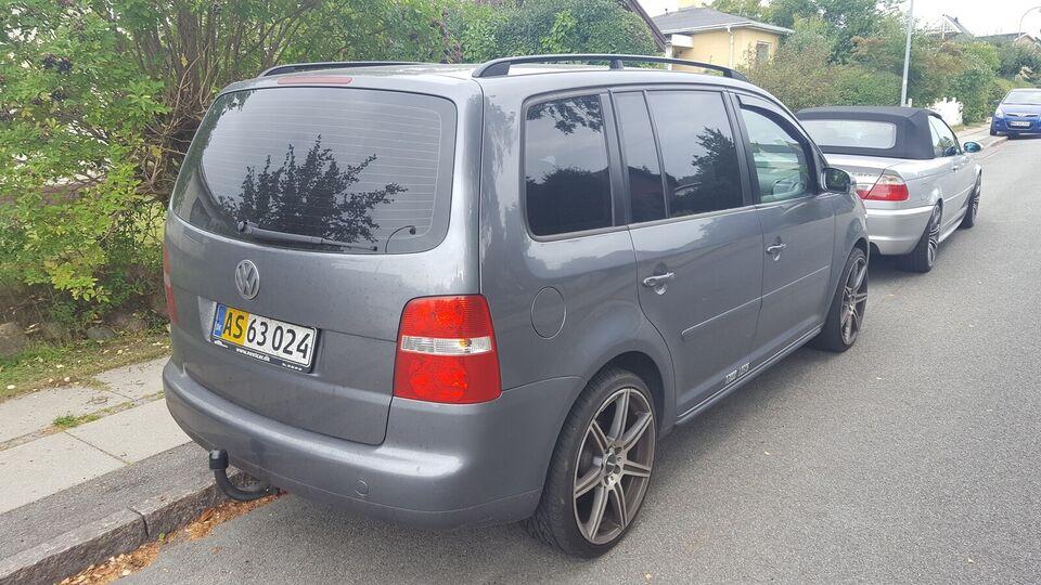 VW, Touran, 2,0 TDi 140 Trendline DSG Van