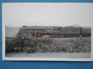 PHOTO  LNER GRESLEY CLASS A4 462 LOCO 60007 SIR NIGEL GRESLEY - Tadley, United Kingdom - PHOTO  LNER GRESLEY CLASS A4 462 LOCO 60007 SIR NIGEL GRESLEY - Tadley, United Kingdom
