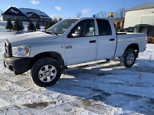 Ram 2500 4x4 diesel