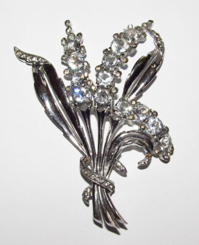 Vintage REJA flowers brooch. SIGNED