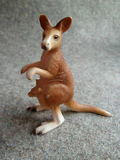 SCHLEICH 14174, Kangaroo with Joey, Wild Life Series, c 2000 Retired