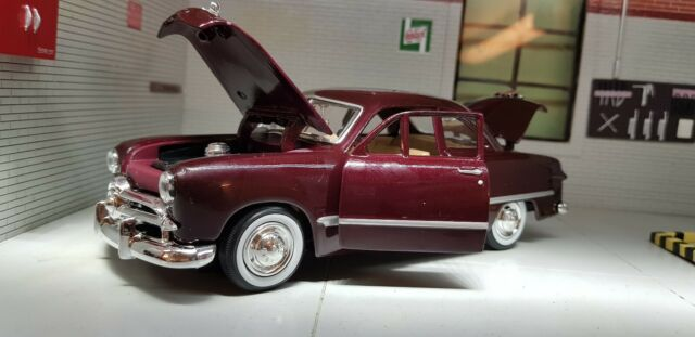 G LGB 1:24 Scale 1949 Ford Coupe Burgundy Motormax Diecast Model 73213 model Car