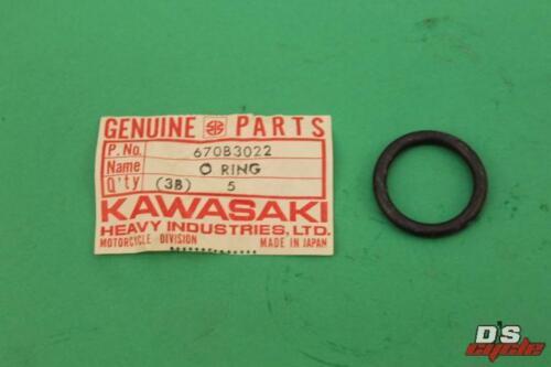 NOS Kawasaki F5 F8 F9 KX250 KX450 22mm /'O/' Ring 670B3022