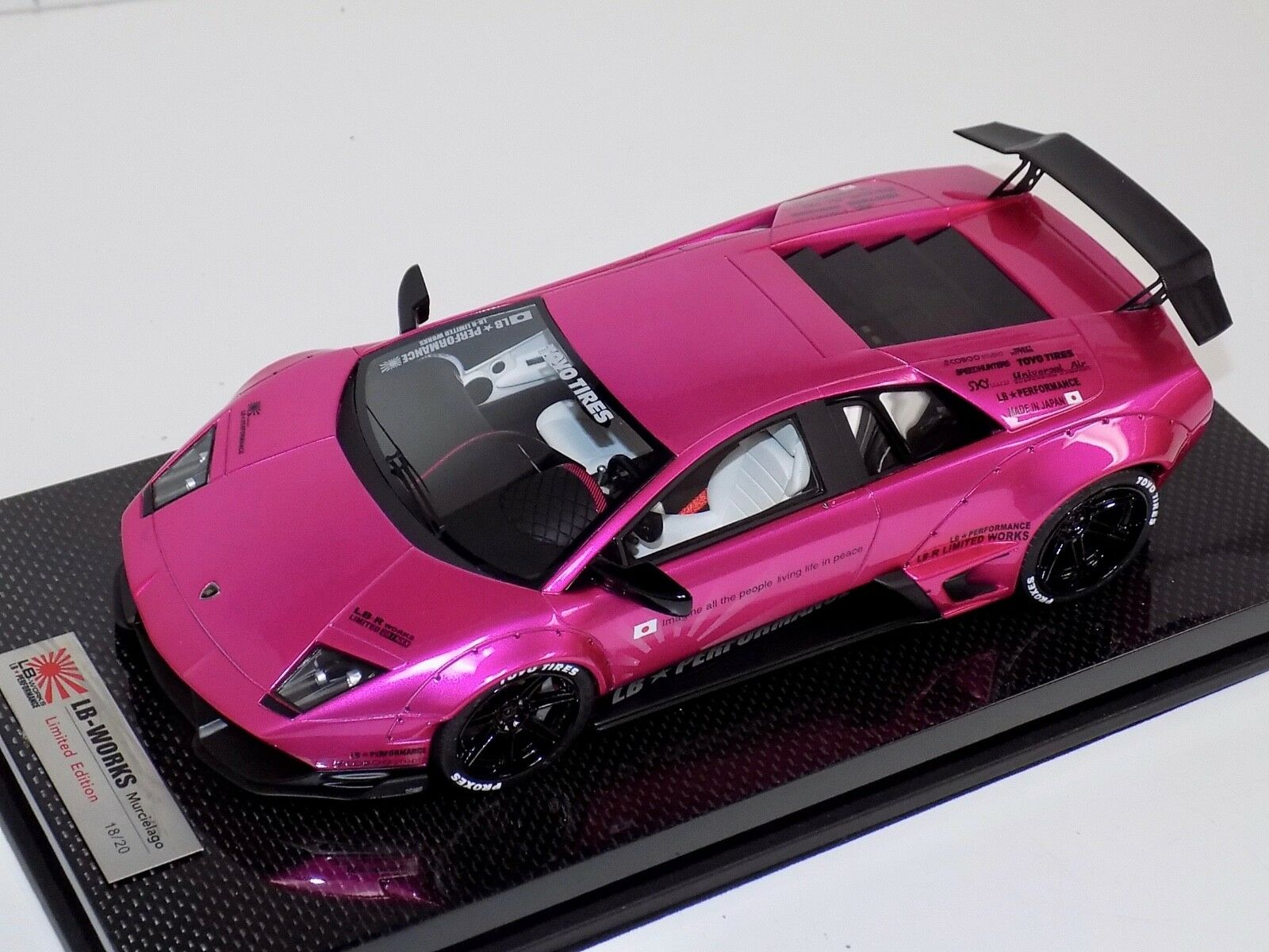 1 18 LAMBORGHINI Murcielago Liberty Walk LB Performance Flash rose carbone base