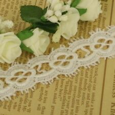 1m x Cream  Edge Guipure Lace Trim Vintage Inspired 28mm wide  LC28