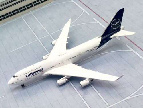 Gemini Jets 1//400 Lufthansa Boeing 747-400 new colour D-ABVM metal model
