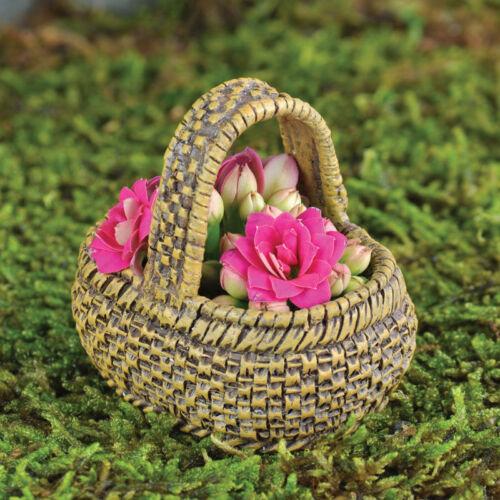 Market Basket for  Miniature Fairy Hobbit Gnome Garden GO 16820 LG